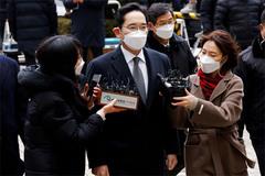 'Thái tử Samsung' được ân xá, ra tù sớm