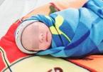 Hai em bé chào đời từ mẹ mắc Covid-19 suy hô hấp