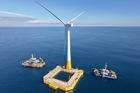 Nghịch lý: Thừa tiền làm điện gió, khó vốn cho điện than