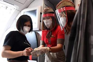 Miệt mài cho những chuyến bay chống dịch