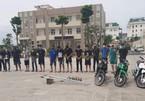 Công an Hà Nội ngăn chặn một vụ hỗn chiến bằng 'bom xăng'