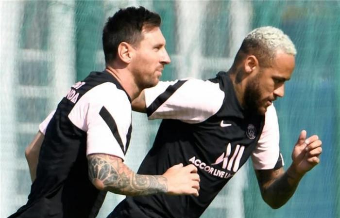 Messi không được PSG đăng ký thi đấu đêm nay, fan 'ôm hận' phe vé