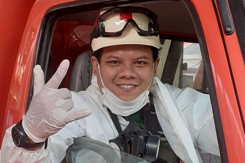 Tâm sự của tình nguyện viên thu gom xác nạn nhân Covid-19 ở Indonesia