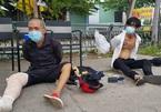 Thanh niên chân bó bột vẫn mang ma túy qua chốt kiểm dịch ở Bình Dương
