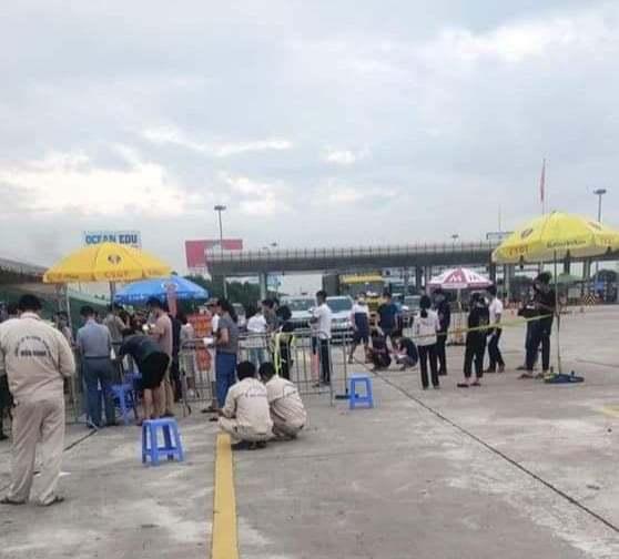 Hơn 2.500 lượt phương tiện quay đầu ở 23 chốt kiểm dịch ra vào Hà Nội