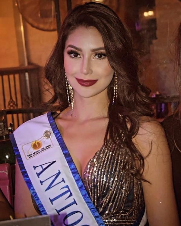 Nhan sắc tựa nữ thần của tân Hoa hậu Thế giới Colombia