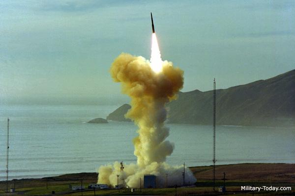 """Sức mạnh """"khủng"""" của lực lượng hạt nhân Mỹ"""