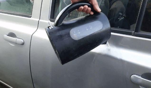 Tham khảo 4 cách đơn giản xử lý vết móp trên ô tô