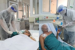 71-year-old woman with Covid-19 willing to give up her life to save her husband