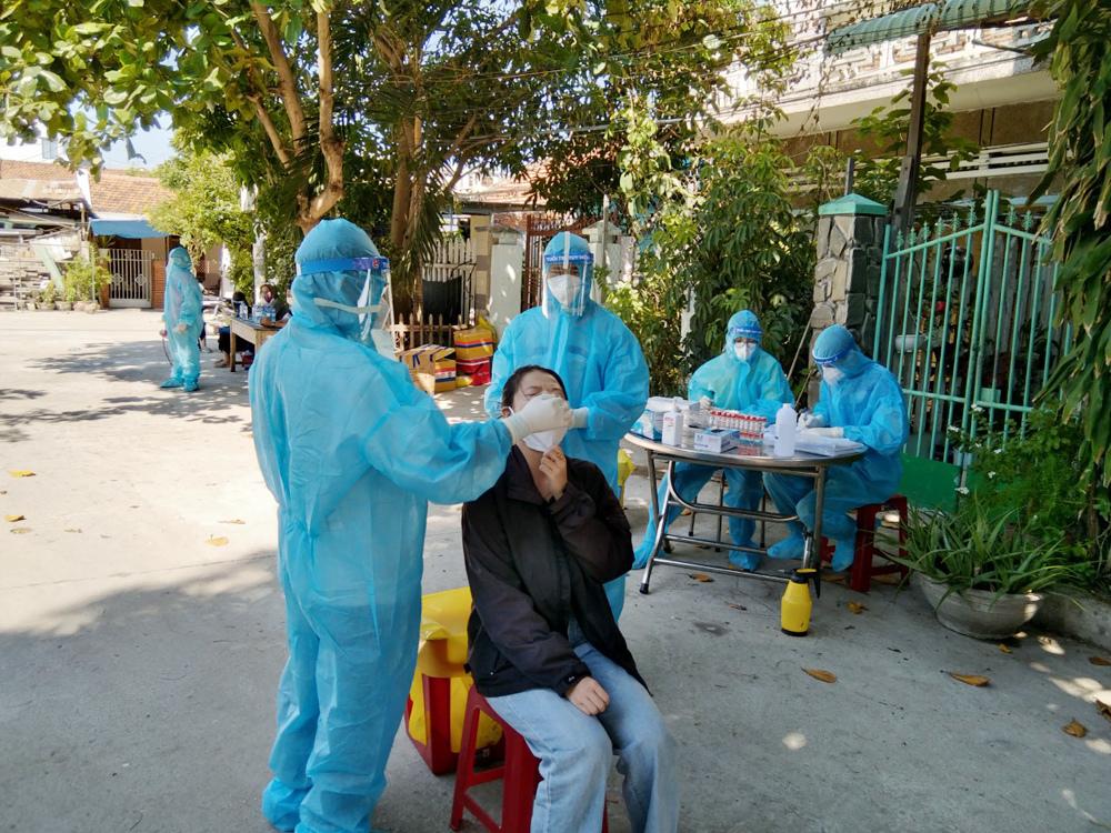 Hai trẻ sơ sinh ở Phú Yên mắc Covid-19 đã ổn định sức khỏe