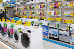 Home appliance chains incur big losses amid business suspension