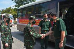 Chi viện thêm quân y cho các tỉnh phía Nam chống dịch