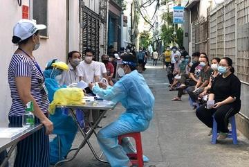 Mass Covid-19 testing campaign in Da Nang