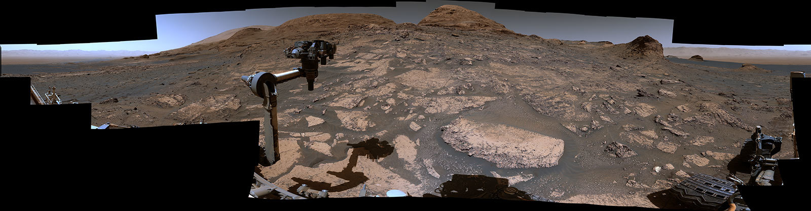 NASA công bố ảnh toàn cảnh góc rộng đánh dấu 9 năm robot Curiosity lên Hỏa tinh