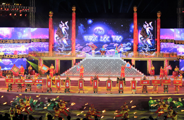 Huế - thành phố của những lễ hội văn hóa đặc sắc
