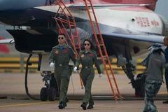 Dàn vũ khí lợi hại trong không chiến của Trung Quốc