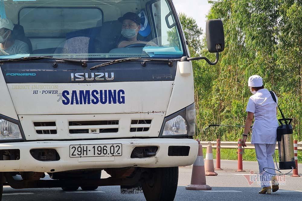 Siết chặt xe chở hàng vào tỉnh Vĩnh Phúc
