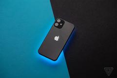 """Tiết lộ chiếc iPhone """"bí ẩn"""" từng được Apple dự kiến sản xuất"""