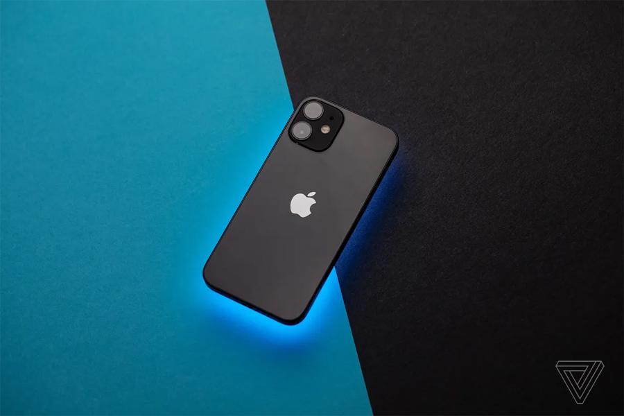 Tiết lộ chiếc iPhone 'bí ẩn' từng được Apple dự kiến sản xuất