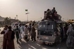 Cuộc trốn chạy khỏi Taliban của những người trong chính quyền cũ Afghanistan