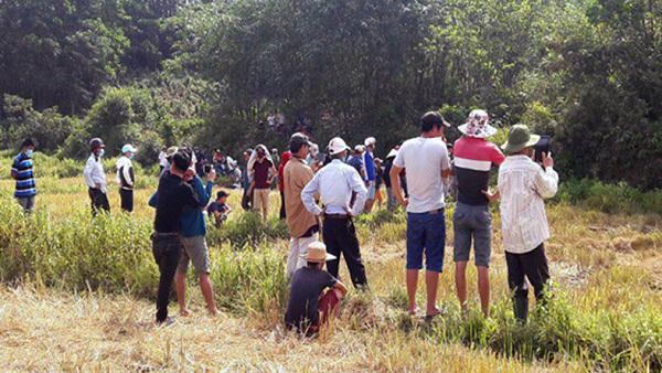 Bắt giam bác họ nghi xâm hại bé gái 5 tuổi, bỏ xác ở ruộng lúa
