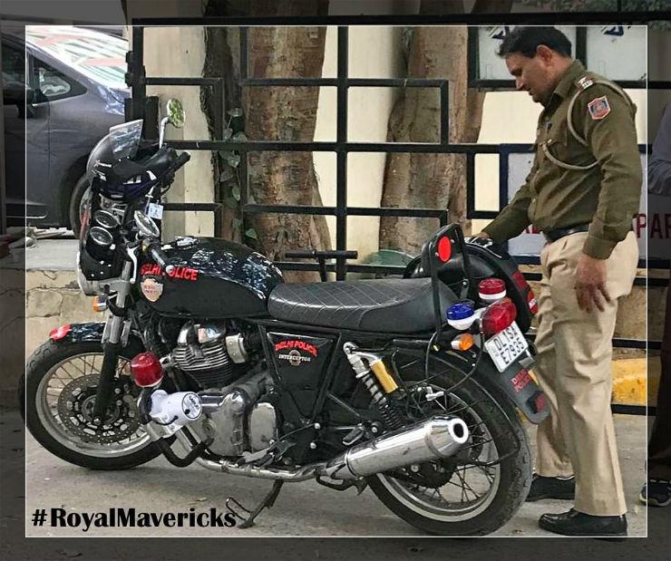 Những mẫu xe mô tô yêu thích của cảnh sát Ấn Độ