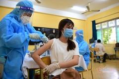 Phụ nữ mang thai và cho con bú được ưu tiên tiêm vắc xin Covid-19