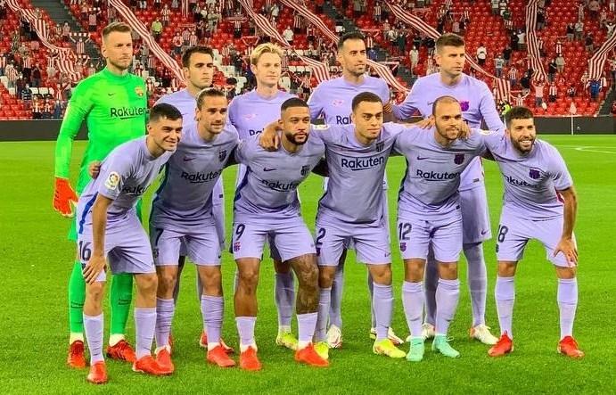 Hàng thải MU giúp Barcelona thoát thua