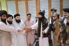 Em cựu Tổng thống Afghanistan gia nhập Taliban, Mỹ 'mở đường' mới tới sân bay