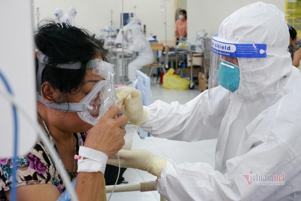 TP.HCM trả lương cho bệnh nhân Covid-19 khỏi bệnh ở lại viện chăm sóc F0