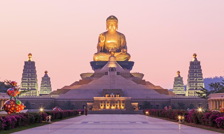 Tượng Việt Nam nằm trong top 10 tượng Phật khổng lồ nổi tiếng thế giới