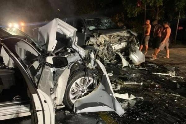 Chánh văn phòng huyện uỷ tử vong khi 2 ô tô đấu đầu ở Hà Giang