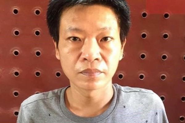 Khởi tố người dùng tuýp sắt đe dọa cảnh sát ở Hà Nội