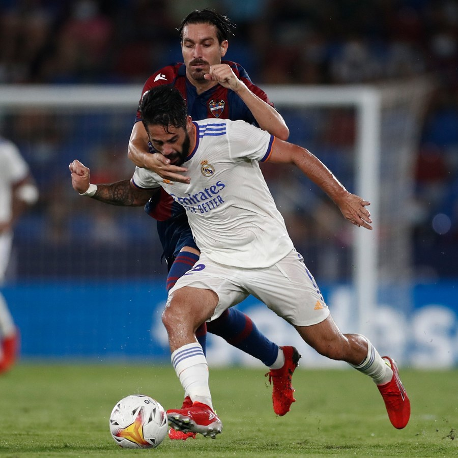 Gareth Bale lập công, Real cưa điểm sau màn rượt đuổi 'điên rồ'