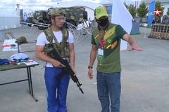 Súng bắn tỉa, tiêm kích tối tân lộ diện ở diễn đàn quân sự Nga
