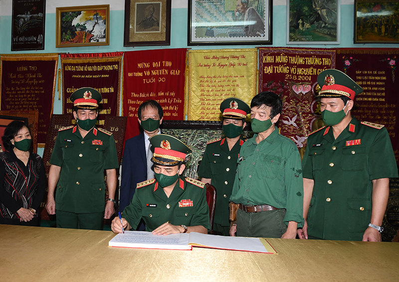 Đại tướng Võ Nguyên Giáp: Tấm gương sáng ngời cho toàn quân học tập, noi theo