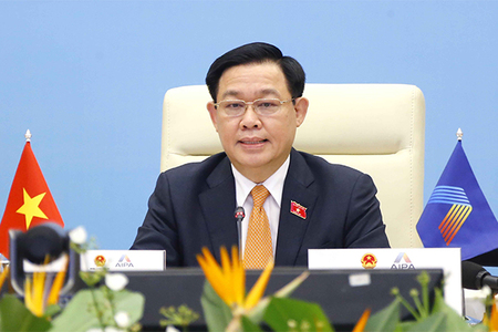 Chủ tịch Quốc hội: Xây dựng nền kinh tế số kịp thời ứng phó với dịch Covid-19
