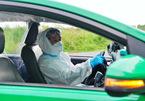 TP.HCM dùng xe taxi vận chuyển người bệnh không mắc Covid-19