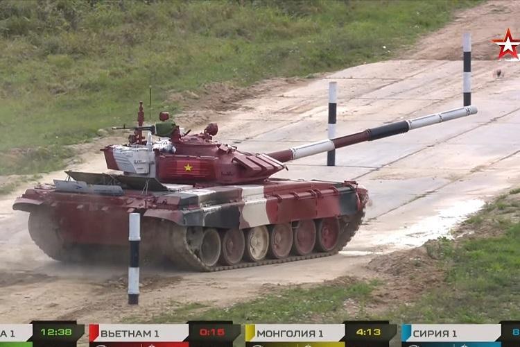 Việt Nam về nhì trong trận ra quân ở Tank Biathlon 2021
