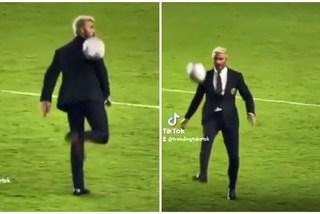 David Beckham trổ tài khiến con trai 'lác mắt'
