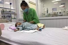 Bé trai 5 tháng tuổi cần giúp đỡ để ghép gan gấp, cứu nguy tính mạng