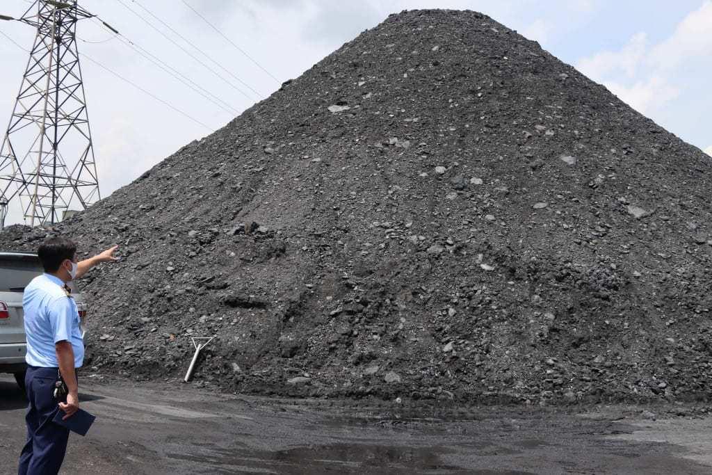 Phát hiện hàng chục nghìn tấn than không rõ nguồn gốc tại Hải Dương
