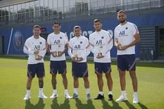 PSG tặng quà đặc biệt cho Messi, Donnarumma