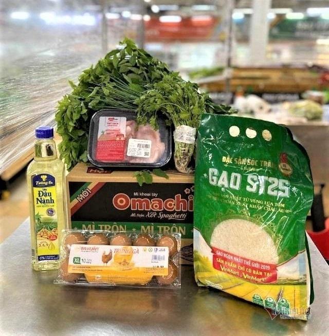 Nhỏ to các loại combo đồ ăn: Dân dễ chọn, dễ nhờ mua, dễ giao hàng