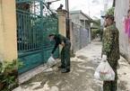 Bình Dương: 'Đi từng ngõ, gõ cửa từng nhà' phát thực phẩm cho người dân giãn cách