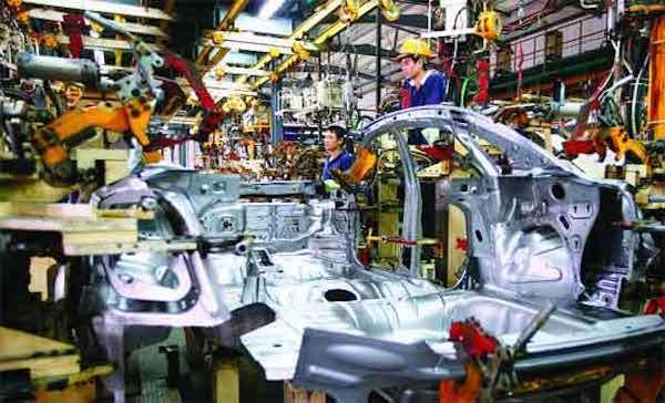 30 năm vẫn ở mức sơ khai, ô tô Việt chờ đến bao giờ