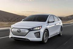 10 mẫu ô tô điện tốt nhất năm 2021