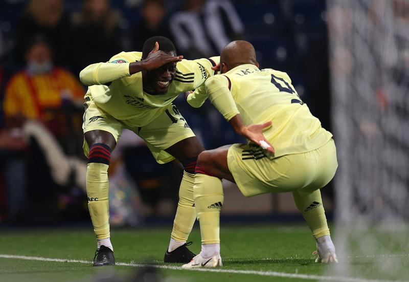 Trình làng tân binh, Arsenal đại thắng 6-0
