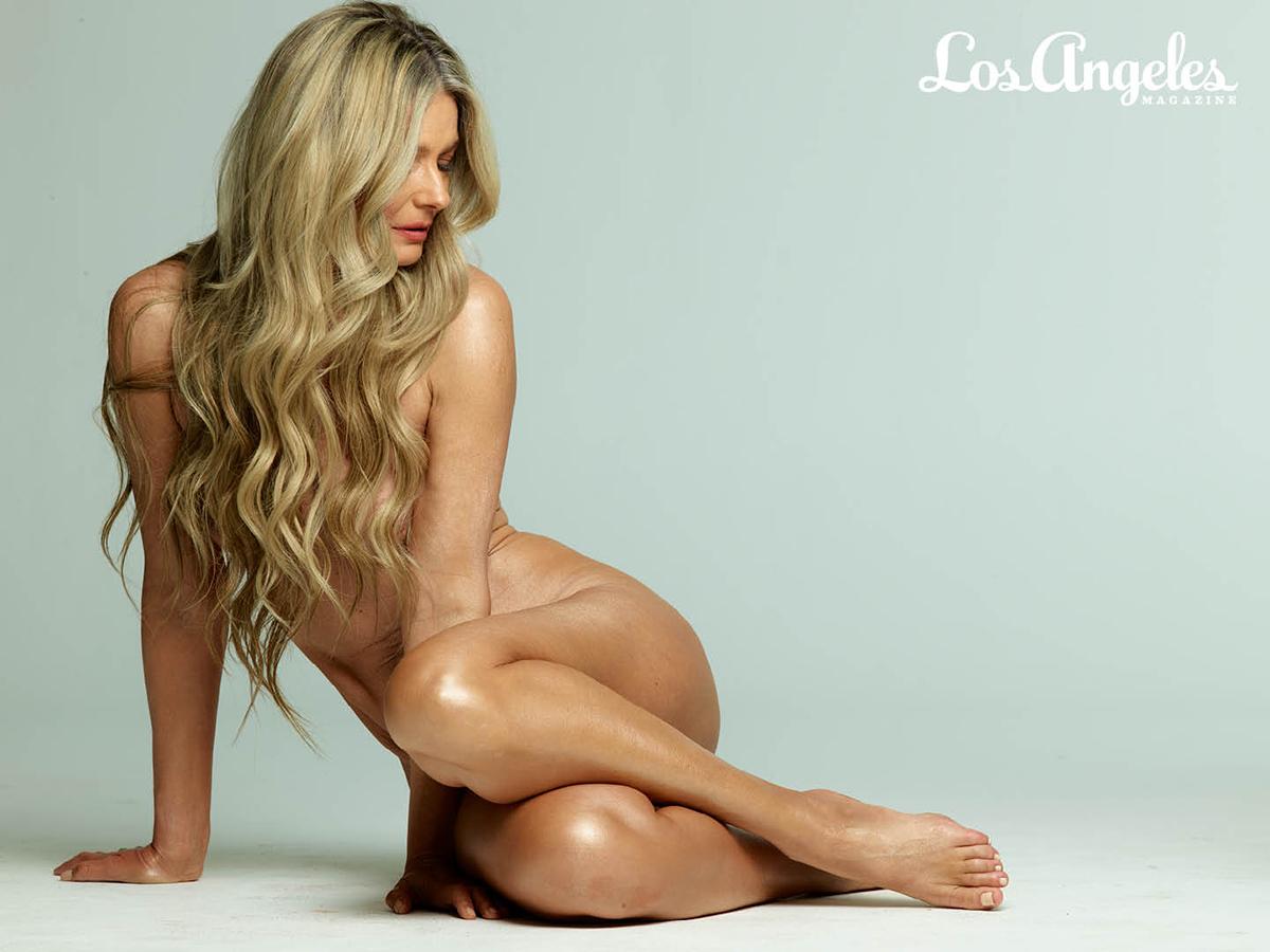 Siêu mẫu Paulina Porizkova chụp ảnh nude ở tuổi 56