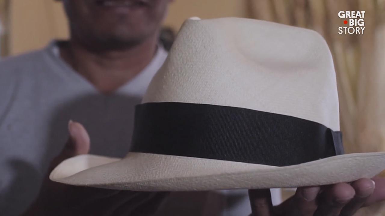 Đặc sản 'vỏ bắp ngô, ruột mì tôm' tạo ra loại mũ có giá đến hơn 500 triệu đồng